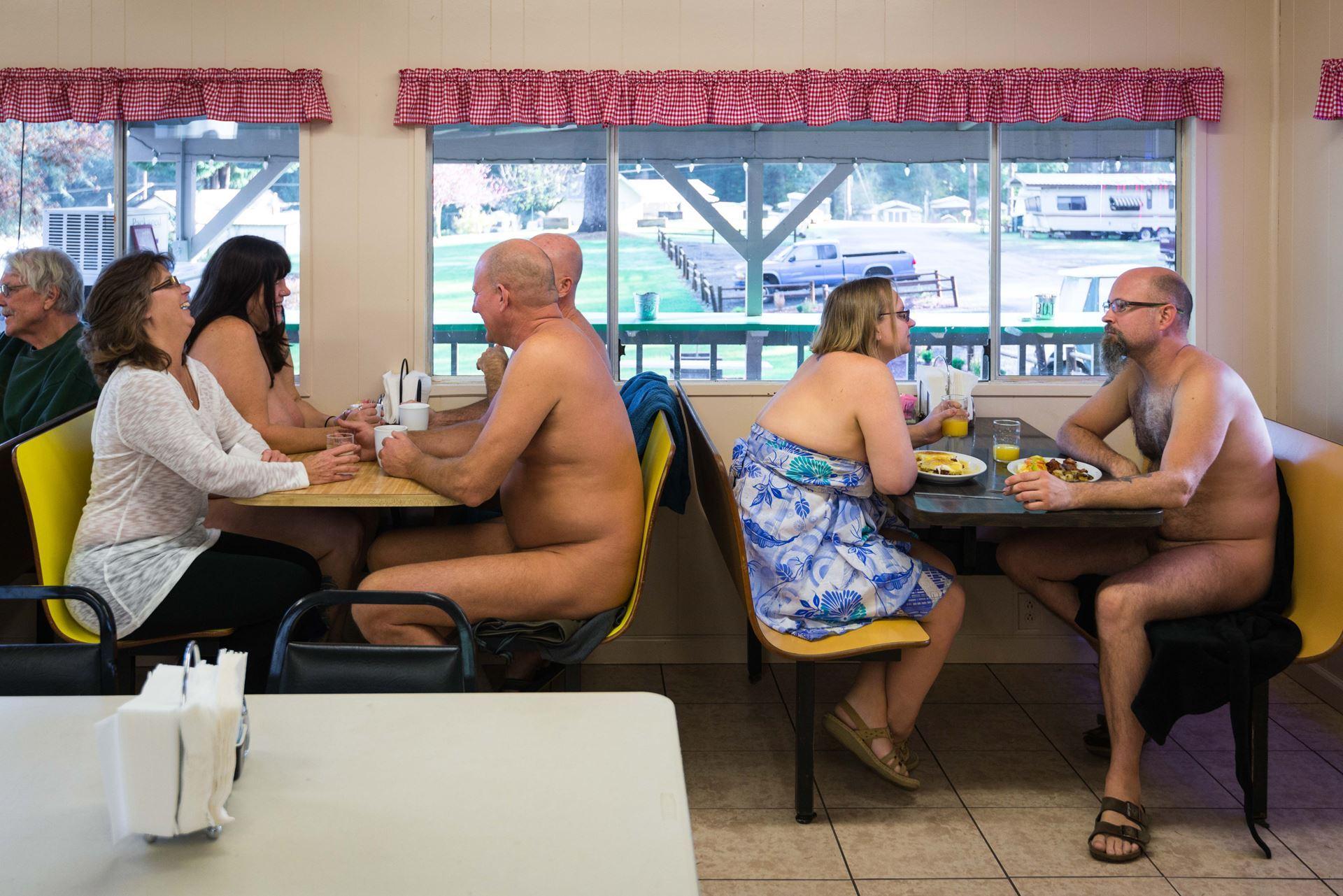 Willamettans - Nudist Resorts around the world